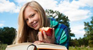 eat healthier in college
