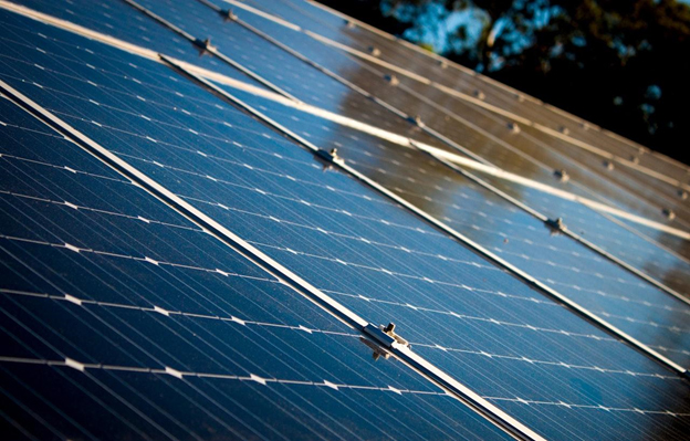 solar panels to reduce energy businesses consume